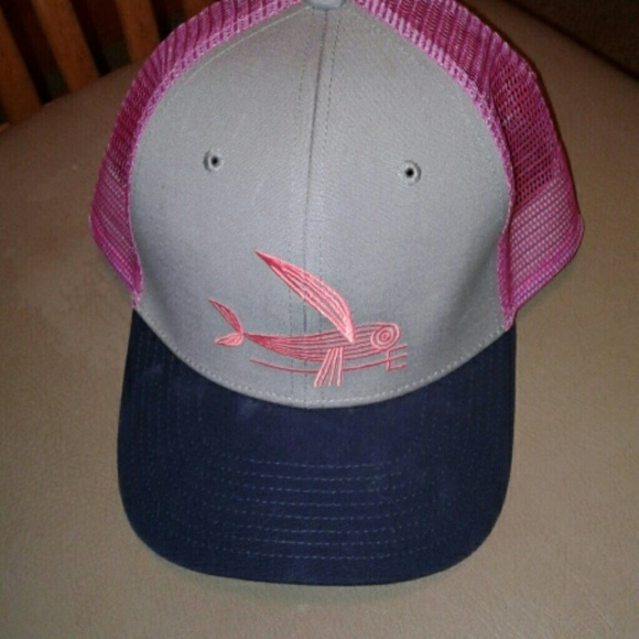 Patagonia geodesic flying fish hat. M 5a613f813afbbd0fd785d61b 4c495194666